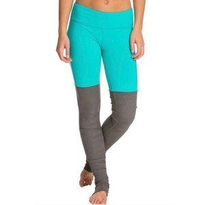 Alo Goddess leggings